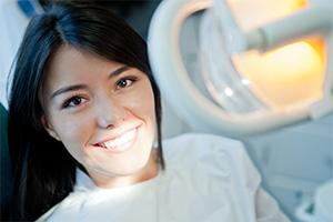 Rialto cosmetic dentist | veneers | Rialto Family Dental Center